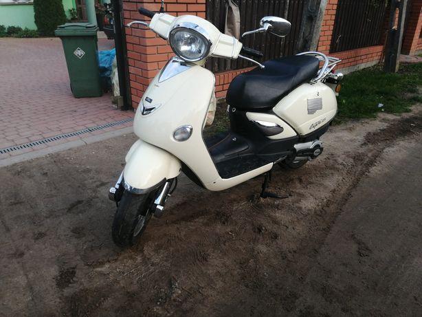 Sprzedam skuter Capri 125 cm zamiana zamienię