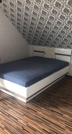 Łóżko sypialniane  bez materaca