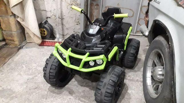 Детский электромобиль(квадроцикл)