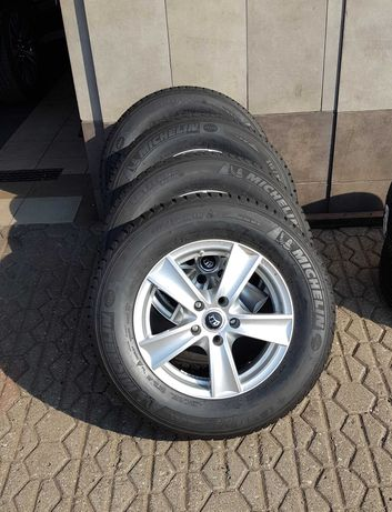 Mitsubishi Outlander alufelgi z oponami zimowymi Michelin 215/70/R16