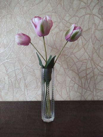 Ваза стеклянная для цветов