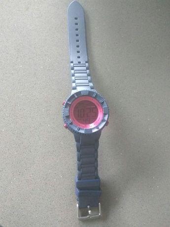 Vendo relógio Watch & Colors, como novo .