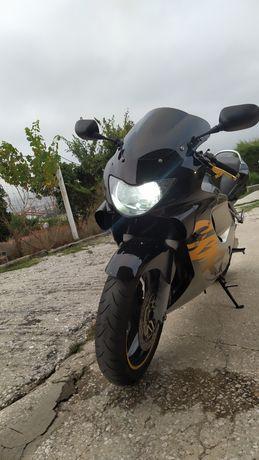 Vendo Honda CBR 600F