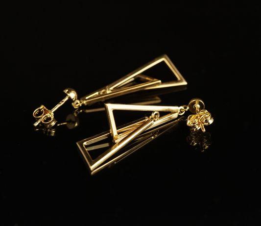 Złoto 585 - złote kolczyki wiszące trójkąty.