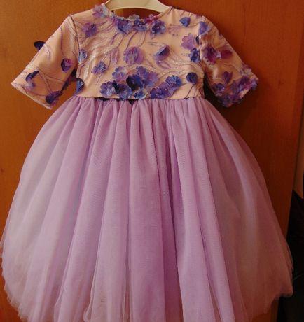 Пышное фатиновое платье на 1 год