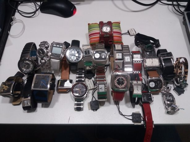 Relógios Seiko D&G CK Guess Mondaine Moschino fossil