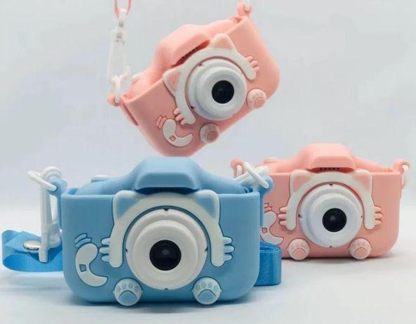 Фотоаппарат детский Котики с 2 камерами с селфи камерой.
