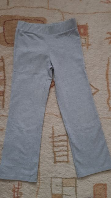 Спортивные штаны Benetton на возраст 5-6 лет (120 см)