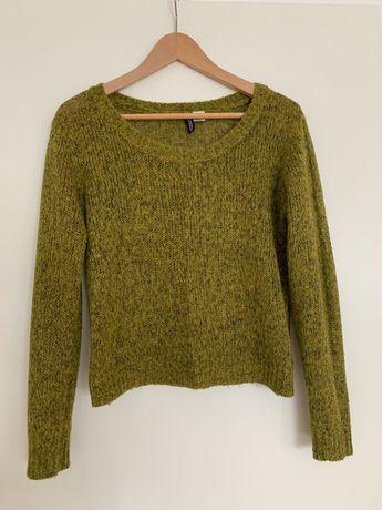 Zielony sweterek marki H&M rozmiar S