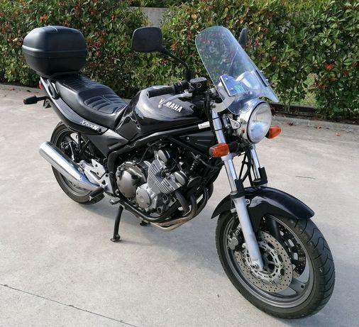 Yamaha XJ600N em bom estado