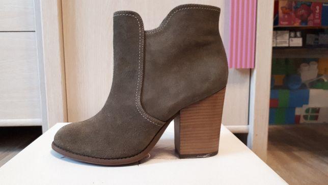 Замшевые ботинки Jessica Simpson 37,5 размер
