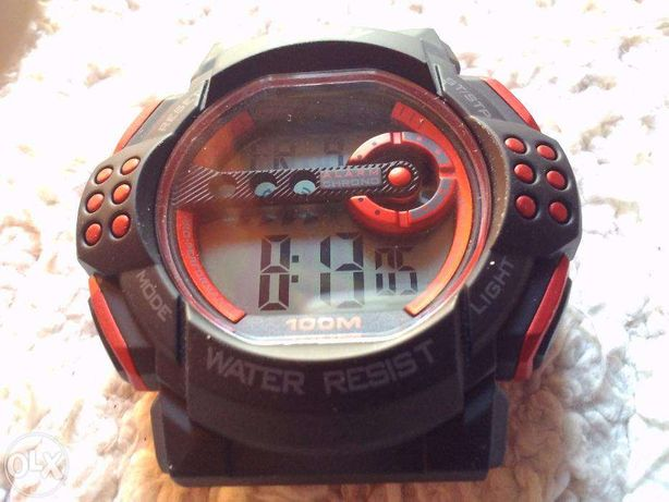 Relógio desportivo novo