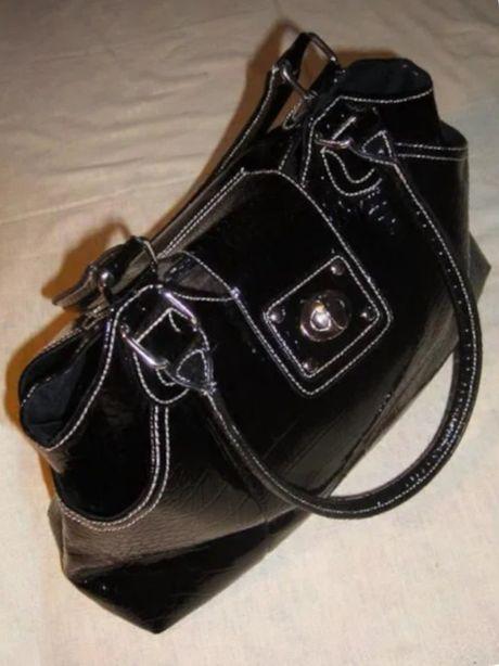 Крупная сумка женская черная лаковая большая вместительная