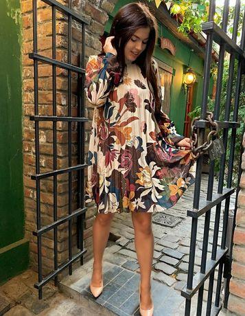 Шикарное шифоновое платье в цветы Италия