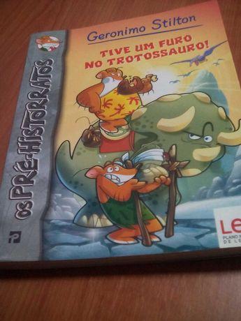 """Livro de Geronimo Stilton """" Tive um furo no trotossauro"""""""
