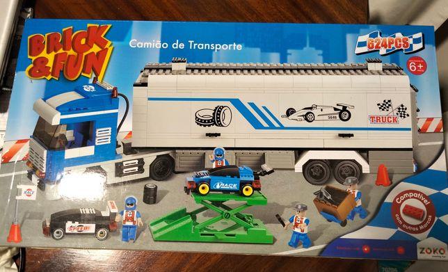 Camião de transporte Zoko