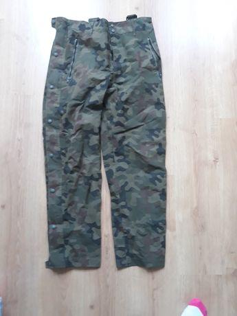 Spodnie goretex mon