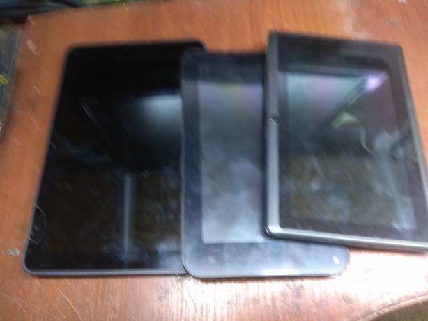 Три планшета на запчясти