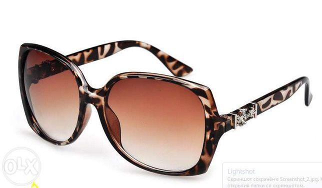 Новые стильные солнцезащитные очки (2 вида)