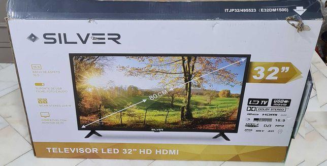 TV Silver 32 HD - HDMI