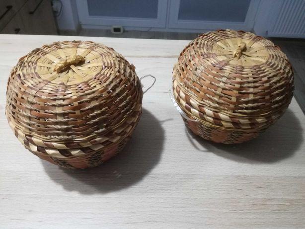 Szkatułka wiklinowa, koszyczek wiklinowy z przykryciem