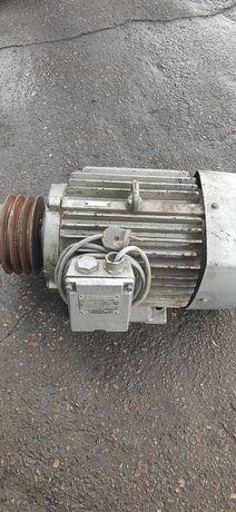 Электродвигатель 3кВт.Електродвигун 1500об/мин Асинхронный