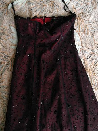 Продам жіночі плаття.