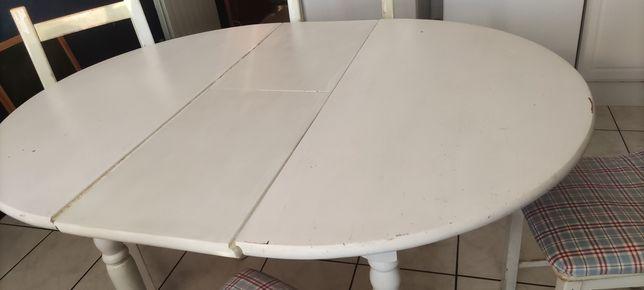 Mesa de cozinha e cadeiras