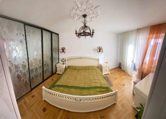 Квартира 3-х кімнатна в парку Погулянка