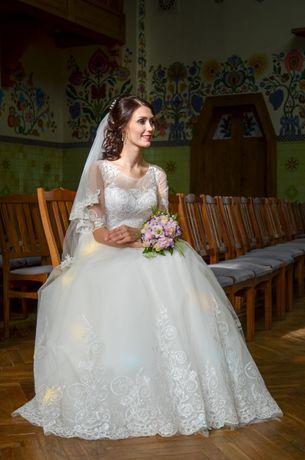 Свадебное платье / весільна сукня / wedding dress (цена договорная)