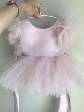 Нежно-розовое платье детское праздничный