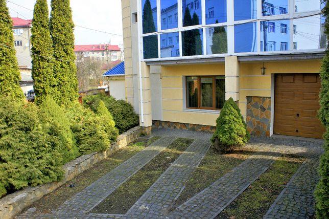 Продам частину сучасного будинку в центрі Луцька (за 280 м. від ЦУМа)