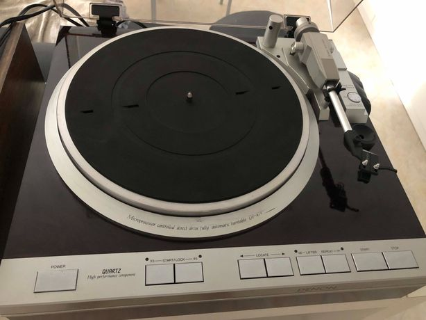 Gira-discos Denon DP-47F