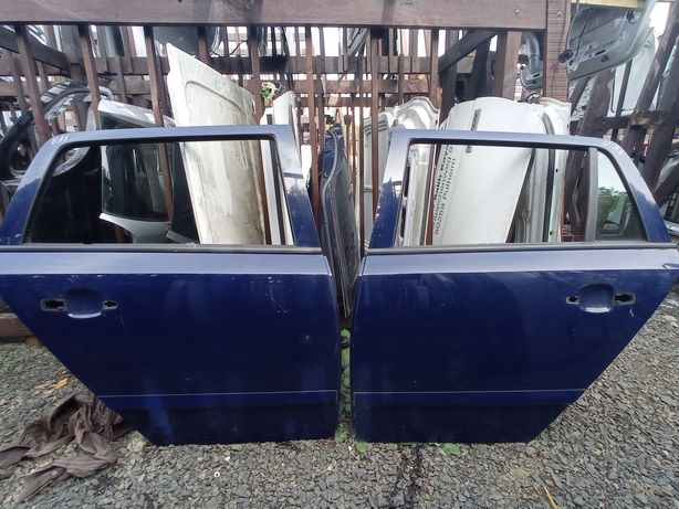 Авторозборка! Двері задні Opel Astra (h) (сині, сірі)