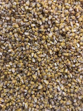 Зерно,макуха,висівки,дерть