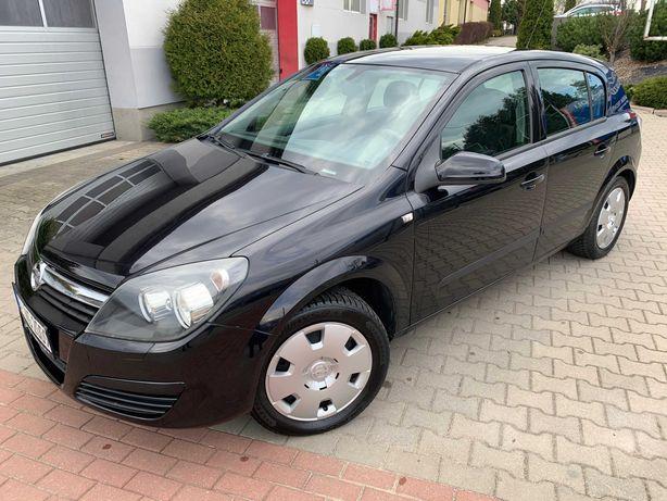 bardzo ładna czarna Astra H 1,6 benzynka z Niemiec Polecam!
