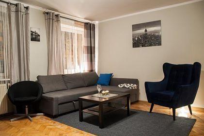 Apartament przy Ratuszu | tani nocleg na doby pokój kwatera mieszkanie