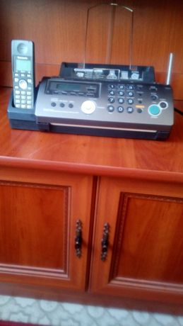 Продам факс Panasonic KX - FC 228 с DECT-трубкой, за 20 гривен !