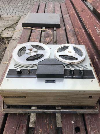Магнитофон бобинный Снежеть-301