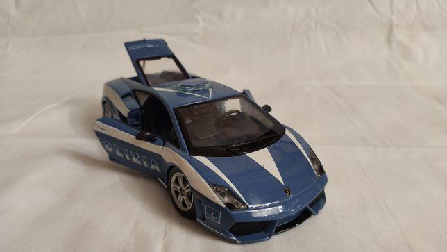 Модель Lamborghini Gallardo LP 560-4 Police 1.24 Maisto