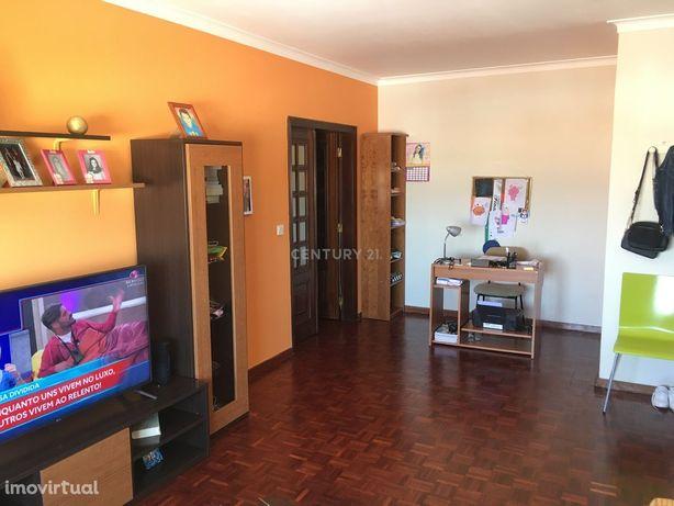 Apartamento T1, ótimas áreas em Elvas