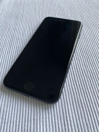 Iphone czarny 7 128gb