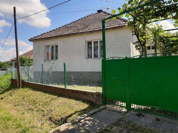 Продається будинок с.Іванівці, 7 км від Мукачева