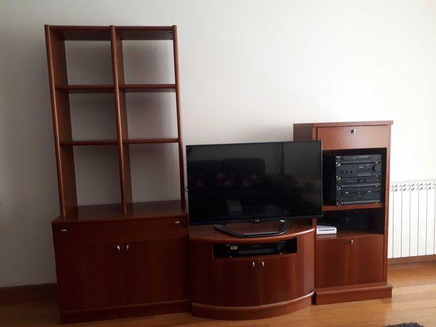 Móvel estante TV