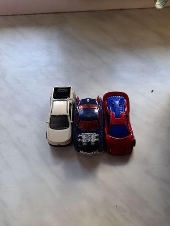 Машинки hotweels