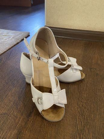 Детская обувь для танцев Club dance