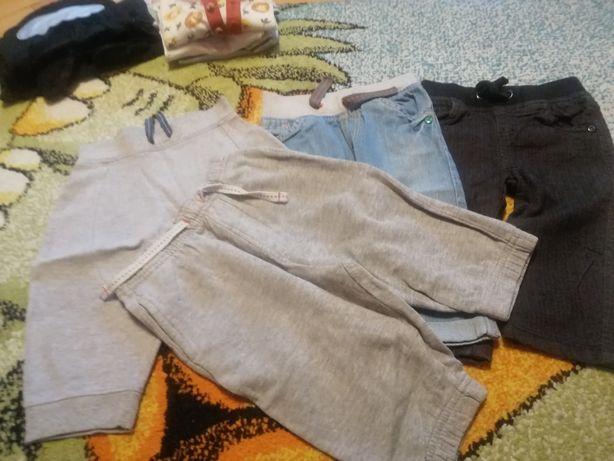 Ubranka dla chłopca w rozmiarze 80