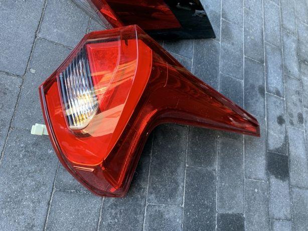 Запчасти Мицубиси Еклипс Mitsubishi Eclipse cross 19г. Фонарь