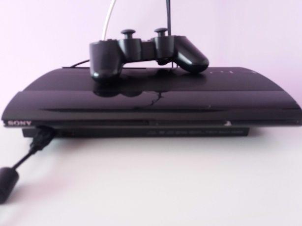 PS3 com 1 comando e vários jogos
