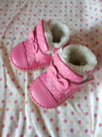 Ботиночки, тапочки, ботинки на девочку
